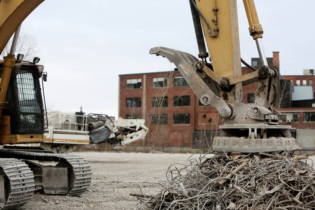 Çelik konstrüksiyon fabrikaların yıkımı, çelik konstrüksiyon fabrika, depo, hangar, spor salonları, stat ve diğer yapıların çelik çatı sökümleri